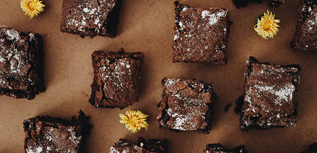 tray of brownies